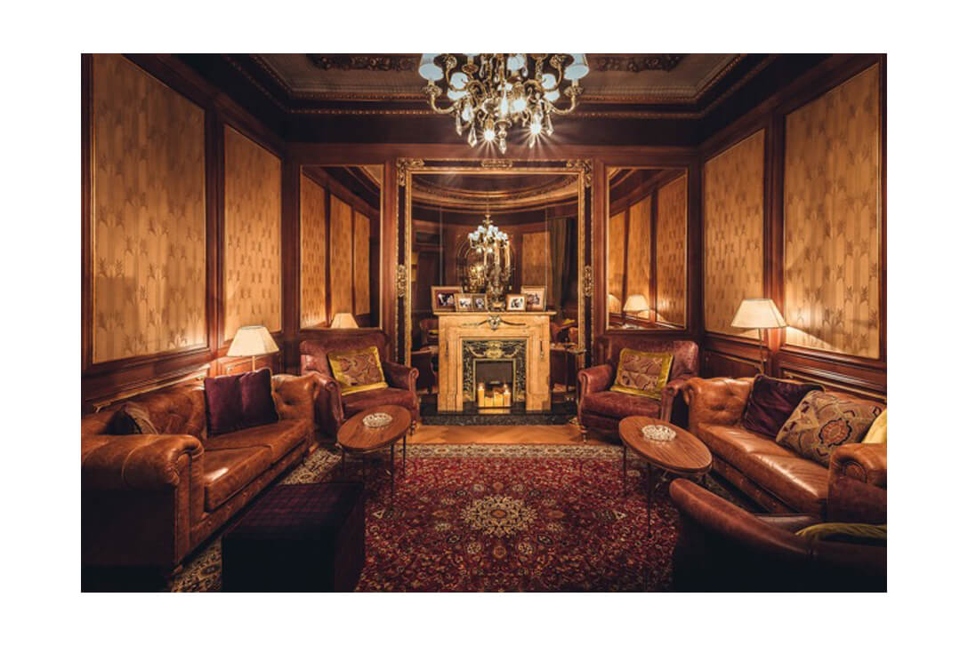 Moskito parquet Barcelona proyecto Bluesman Club Hotel Palace